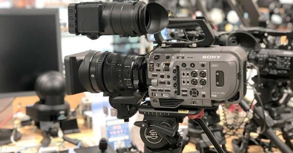 【ショールーム展示中】ソニー PXW-FX9 発売開始!選べる特典もサービス中です!